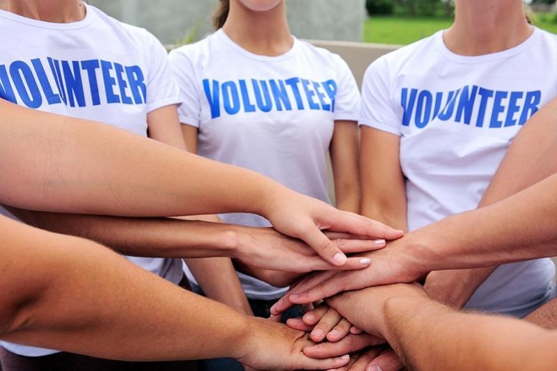 О работе по поддержке волонтерского движения в Казахстане рассказал Мадияр Кожахмет