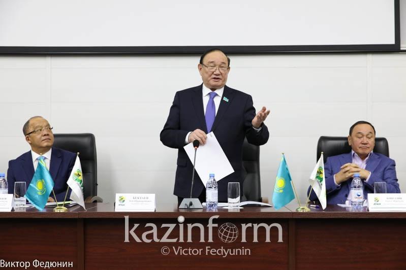 Али Бектаев: Люди труда играют главную роль в жизни общества