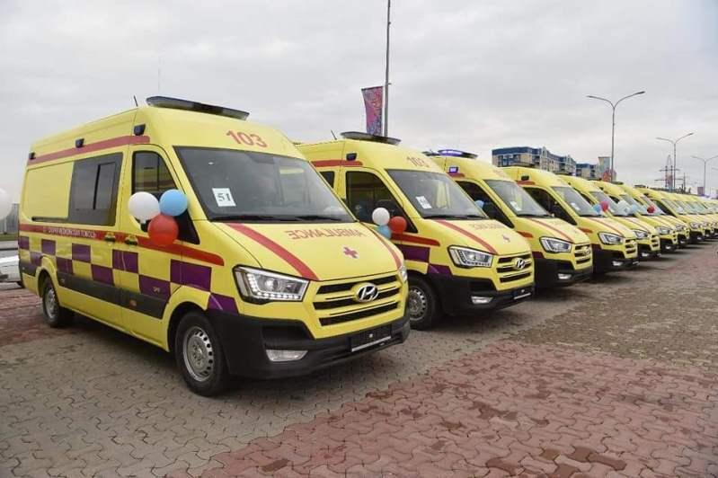 Служба скорой медицинской помощи Шымкента получила 100 новых автомобилей