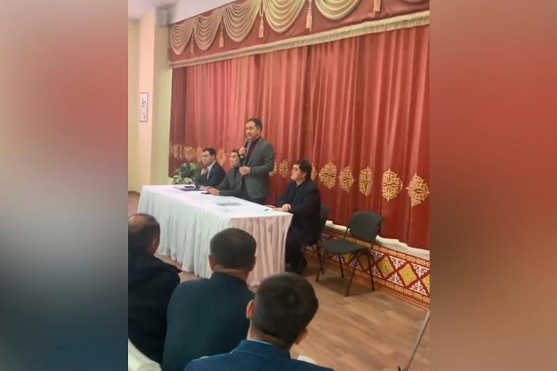 Аким Алматы сообщил о готовности переселить жителей накренившегося дома