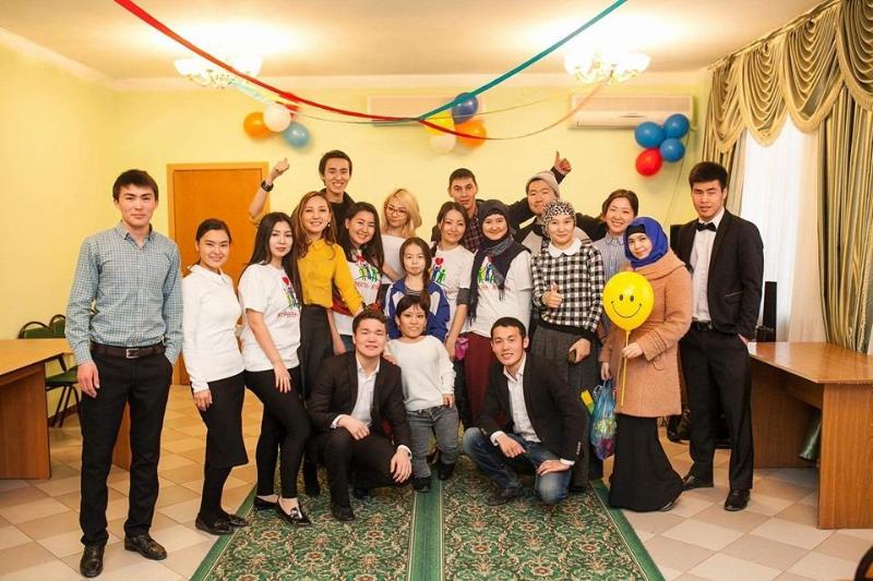 Атырауский молодежный фонд, помогающий больным детям, стал лауреатом премии «Жомарт жүрек»