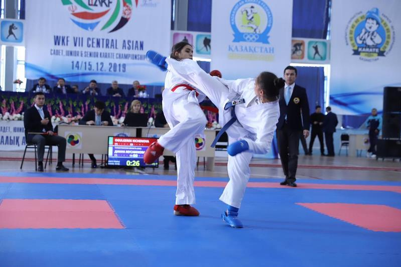 Aqtaýda karate-dodan Ortalyq Azııa chempıonaty ótip jatyr