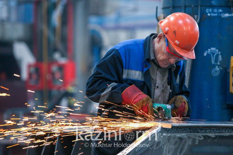 Травмы на производстве: в Минтруда хотят исключить смешанную ответственность работодателя и работника