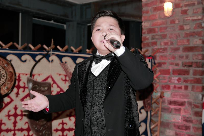 Yerzhan Maxim performs at Kazakhstan Independence Day celebration in London