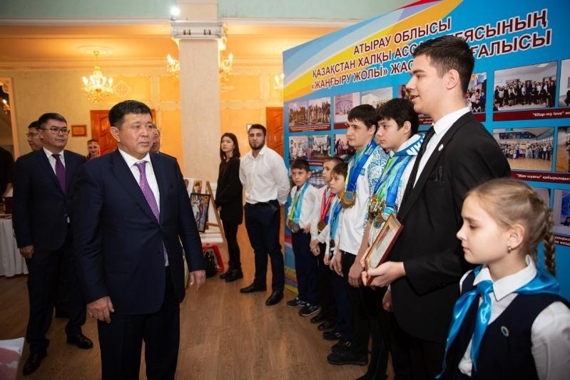Махамбет Досмухамбетов: «Наши успехи – это результат труда всех членов Ассамблеи»