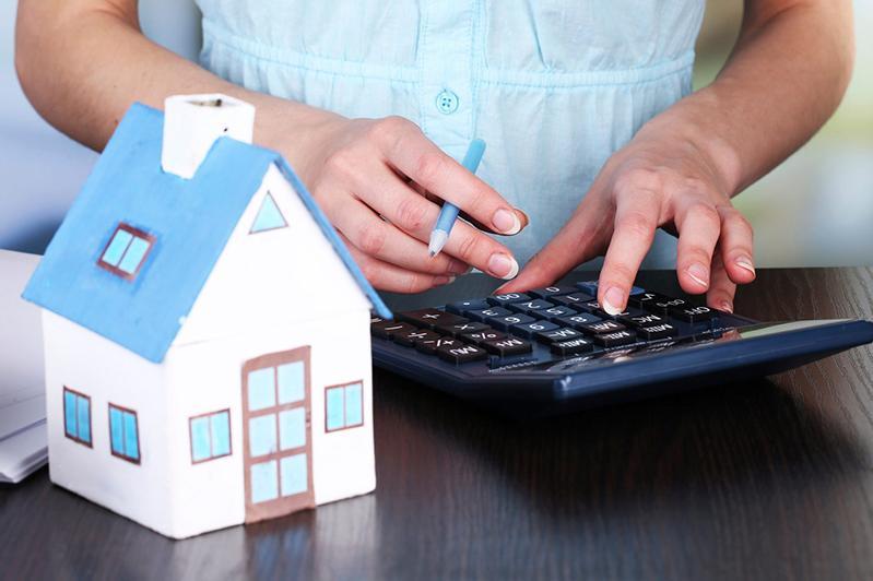 Внедрить безналичный расчет при первичной реализации жилья поручил Президент