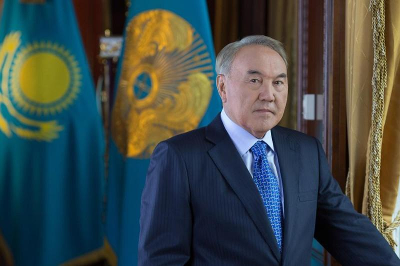 Nazarbayev arrives in St.Petersburg for Supreme Eurasian Economic Council's meeting