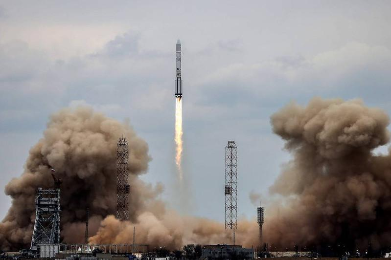 Proton-M rocket carrying Elektro-L satellite blasts off from Baikonur