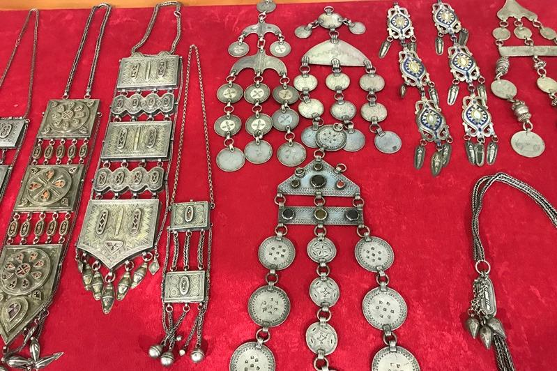 Silver jewelry enrich Atyrau museum collection
