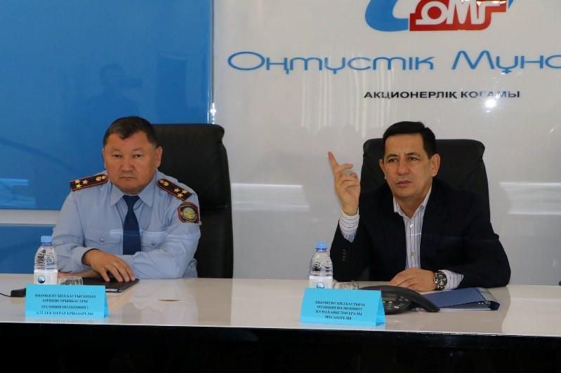 Главный полицейский Шымкента провел порядка 30 встреч с населением