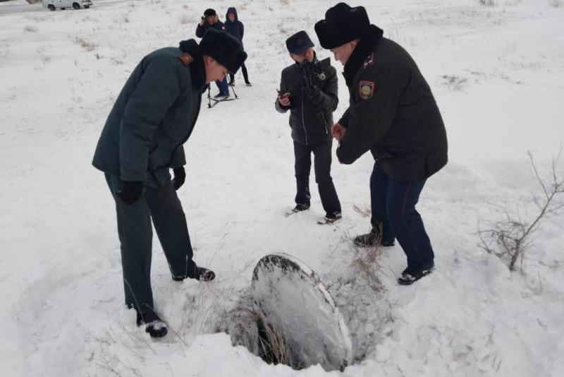 Упавшего в глубокую яму 9-летнего мальчика спасли в Семее