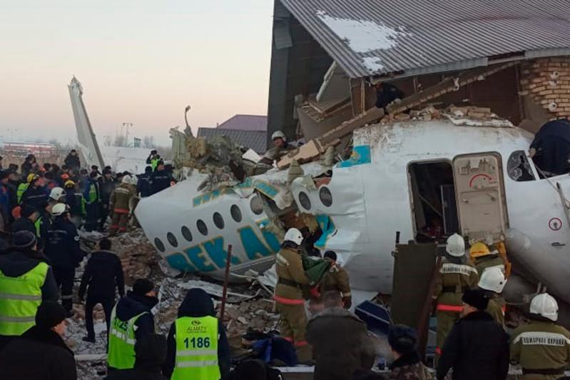 Общее число погибших при крушении самолета Bek Air достигло 15