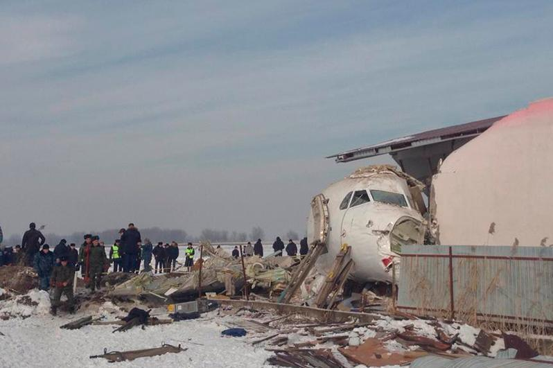 Mayors of Almaty and Nur-Sultan cities visit  families of Almaty plane crash victims.