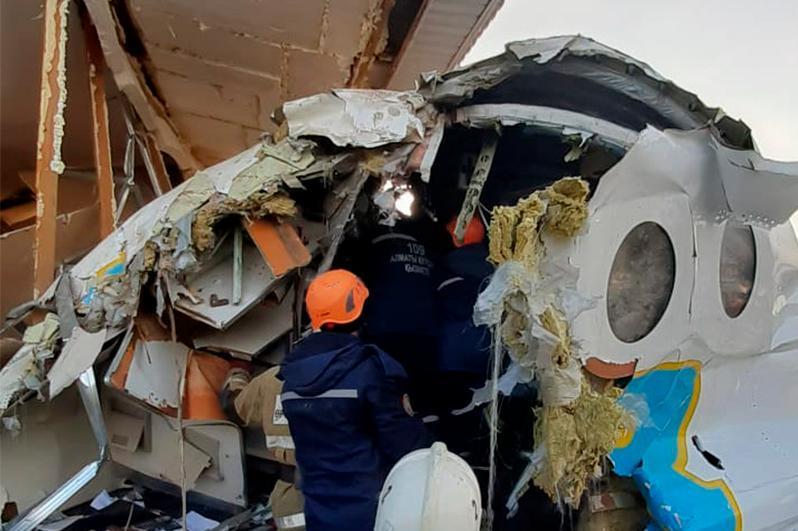 Министр «Bek Air» ұшағының апатқа ұшырауының 3 нұсқасын атады