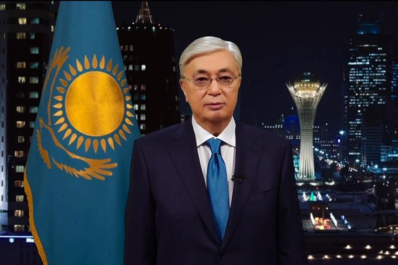 Касым-Жомарт Токаев поздравил казахстанцев с новым 2020-м годом