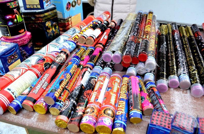 Факты незаконной продажи пиротехники выявили в Актобе