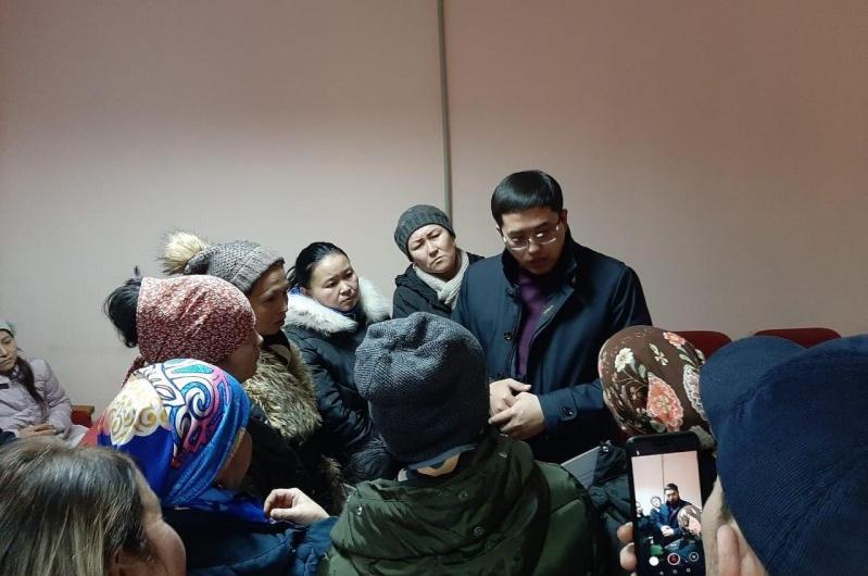 Ержан Жилкибаев ознакомился с ходом приема заявлений на АСП в Шымкенте