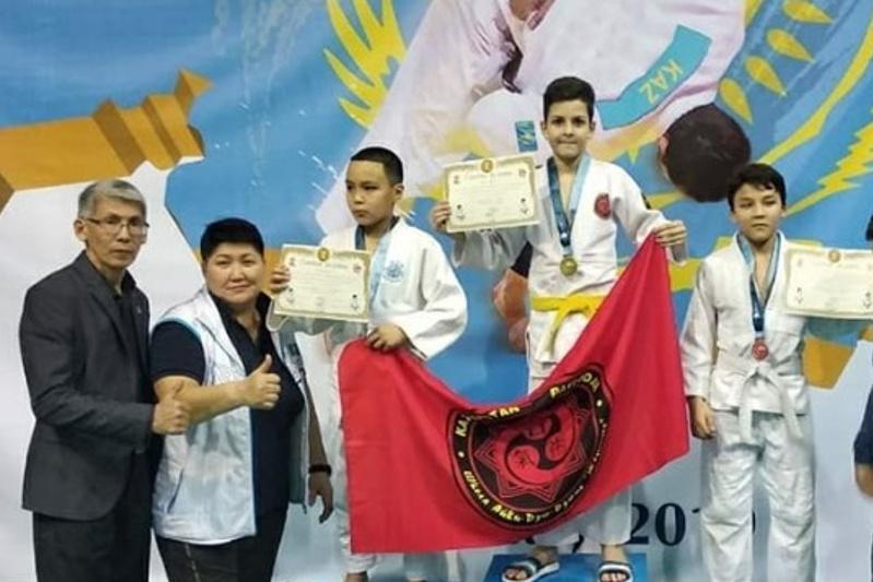 Пятиклассник из Павлодара выиграл международный турнир по джиу-джитсу в Алматы