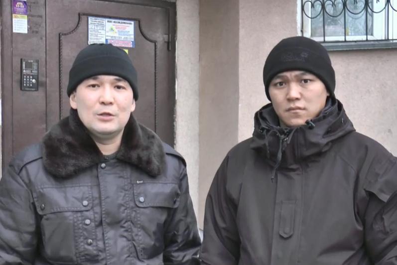Almatyda órtengen úıde uıyqtap qalǵan qyz bala qutqaryldy