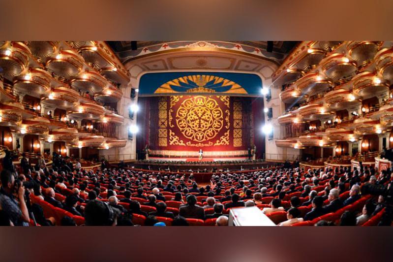 俄罗斯最负盛名大剧院在努尔苏丹出演