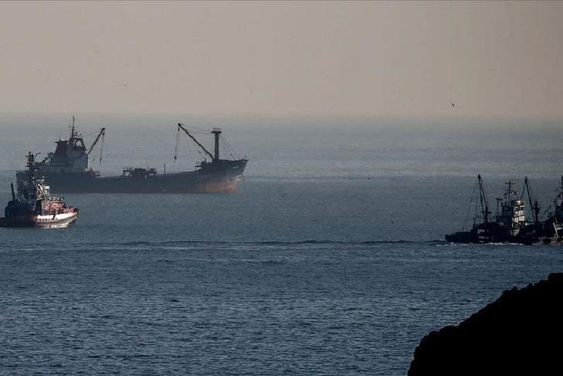 土耳其渔船和俄罗斯邮轮在伊斯坦布尔海域相撞
