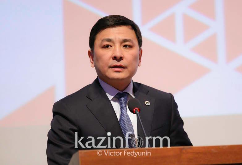 Nur-Sultan mayor holds online reporting meeting with citizenship