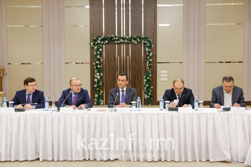 Мәулен Әшімбаев: Азаматтық альянстың заң жобаларын әзірлеуге қатысқаны маңызды