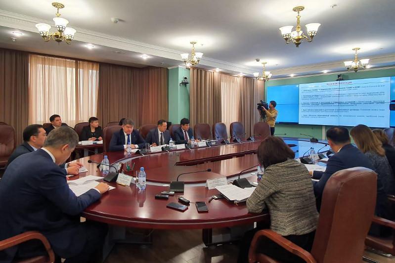 В два раза повысится зарплата казахстанских врачей к 2023 году