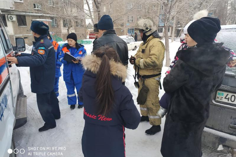 Четырех детей спасли при пожаре в Караганде