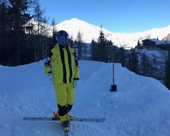Kazakhstani girl, 14, hauls dual moguls gold in Switzerland