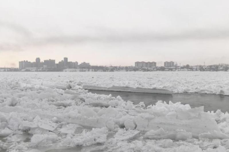 Уровень воды в Иртыше снижается