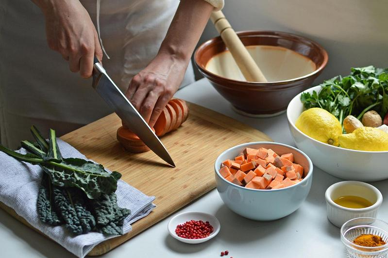 Study links home-cooked meals to higher diet quality