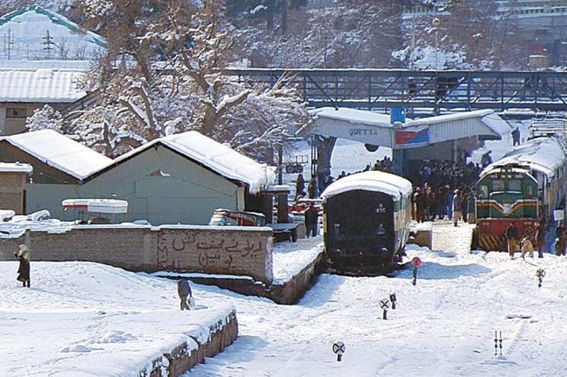 克什米尔地区雪崩印巴两国宣布至少67人丧生