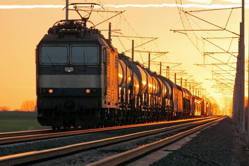 去年哈过境货物运输量近2000万吨