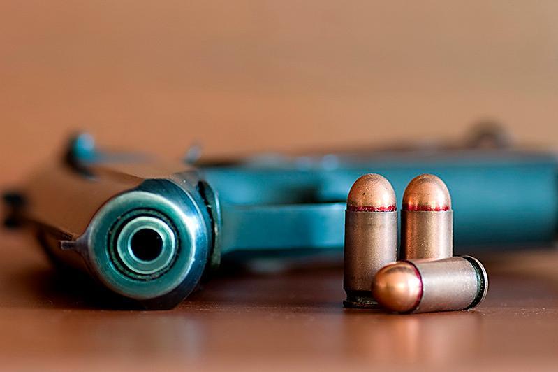 Пистолет неустановленной марки обнаружили у сельчанина в Павлодарской области