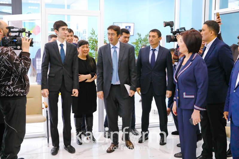 反腐败国家集团执行秘书访问首都