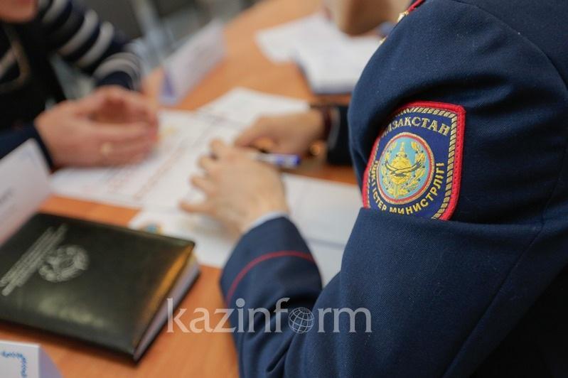 Женщина пыталась обмануть полицейских, заявив об ограблении в Алматинской области