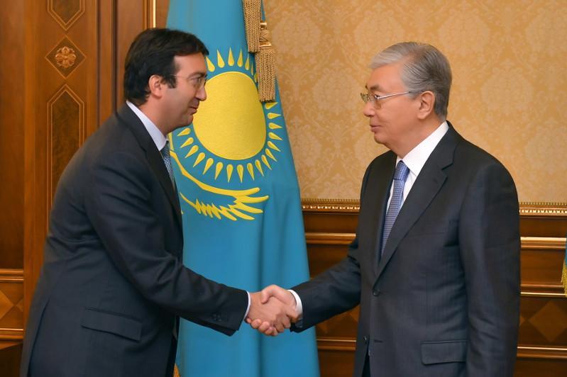 托卡耶夫总统会见反腐败国家集团执行秘书
