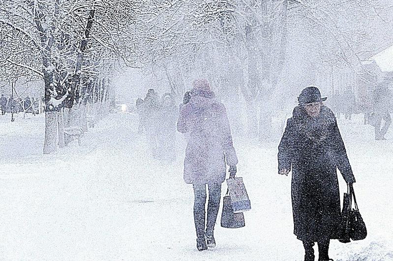 Штормовое предупреждение объявлено в пяти областях Казахстана 16 – 18 января