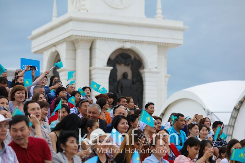 Численность населения увеличилась в Казахстане
