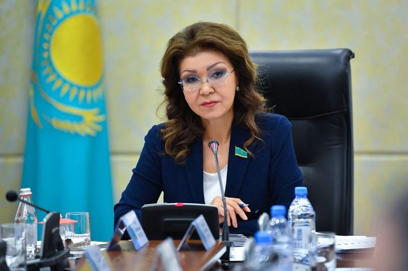 达丽哈•纳扎尔巴耶娃提议重新审议农业发展规划