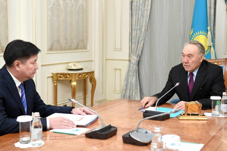 Nursultan Nazarbayev receives Supreme Court Chairman