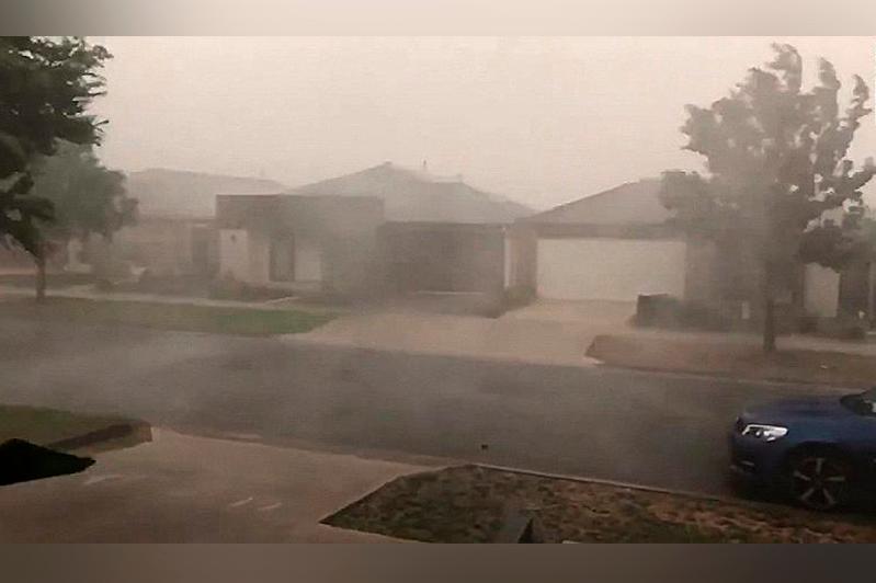 Дождь и град обрушились на австралийские штаты, пострадавшие от пожара