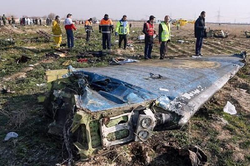 Iran ready for handing over Ukrainian victims' bodies of plane incident: FM Zarif