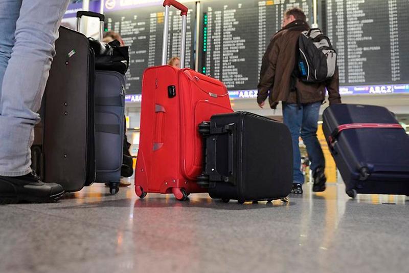 首都机场14架航班因天气原因延误