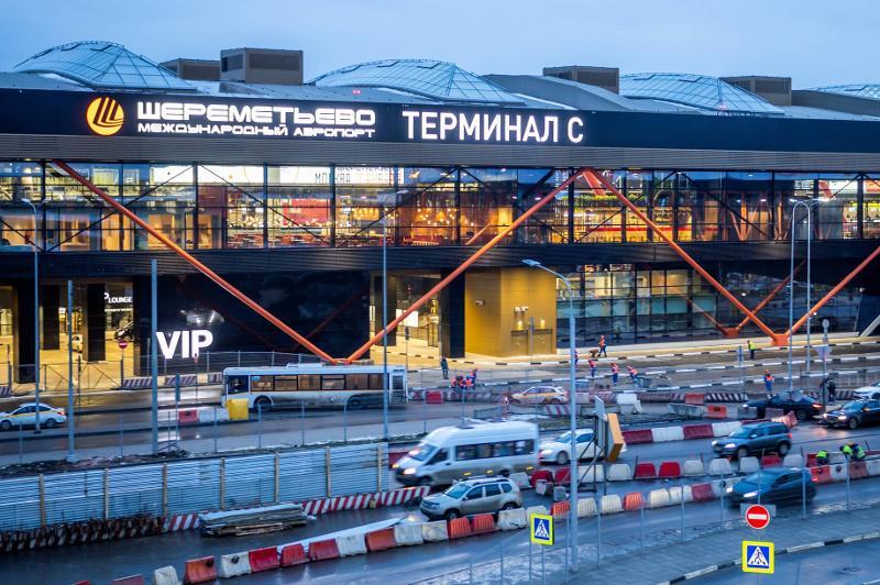 В новом терминале аэропорта Шереметьево будут информировать пассажиров на казахском языке