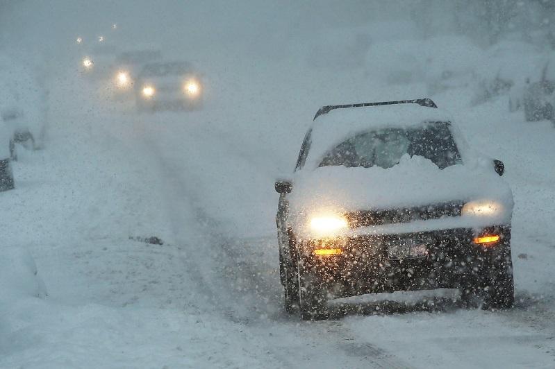 Непогода в Семее: отменены занятия, закрыты трассы