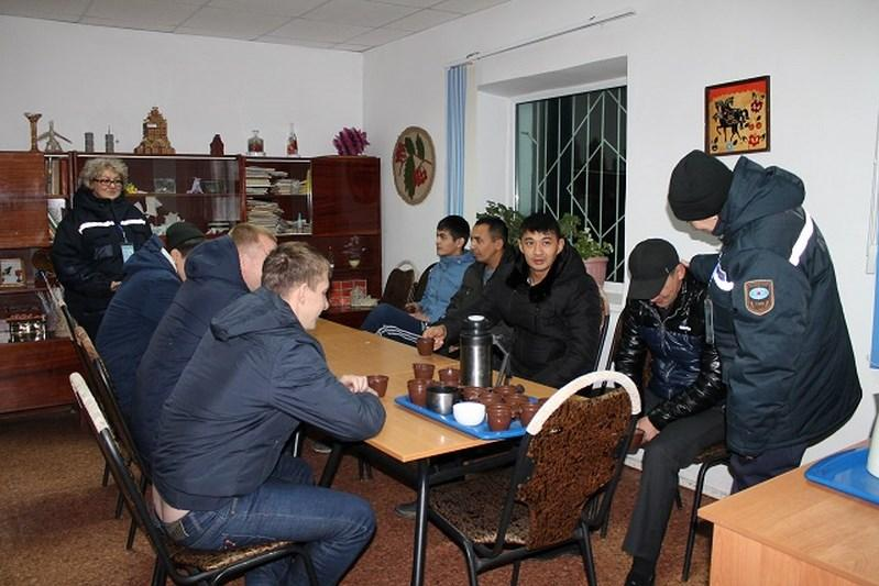 Павлодар облысында қар құрсауынан 392 көлік шығарылды