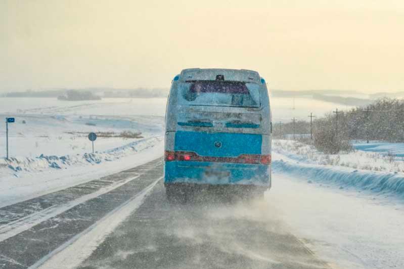 19 пассажиров спасены из снежного плена в Павлодарской области