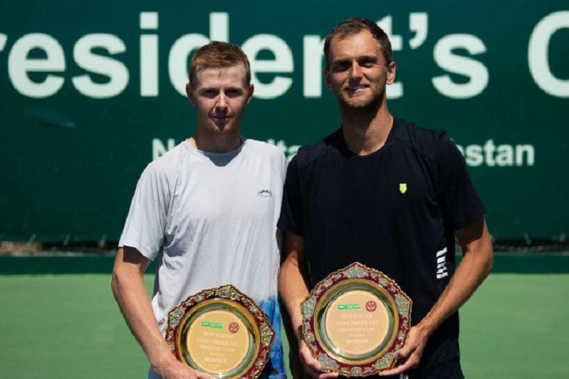 Казахстанские теннисисты победили в парном разряде на турнире в Бангкоке